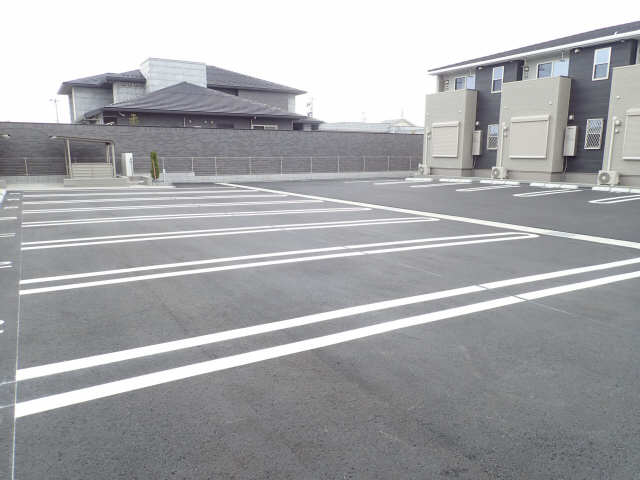 コンフォート856 Ⅱ 駐車場