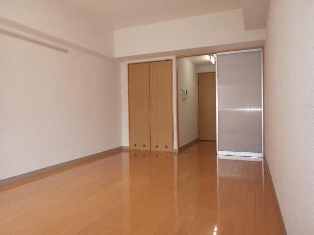 パセオ泉 2階 室内