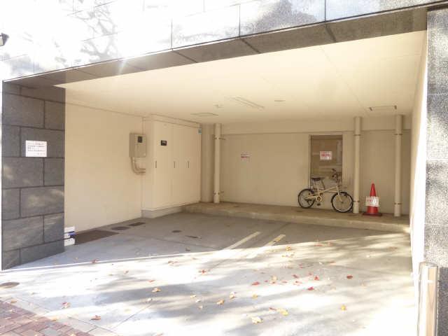 GRAN DUKE 代官町 14階 駐車場