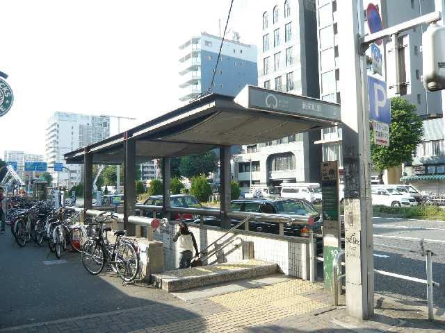 東山線新栄町駅