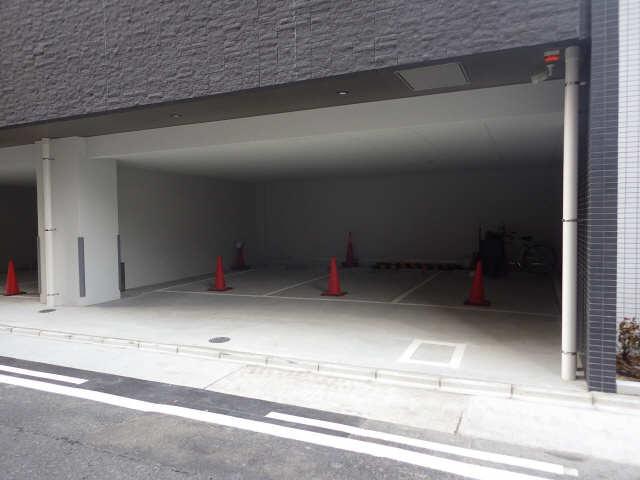 パルティール新栄 9階 駐車場