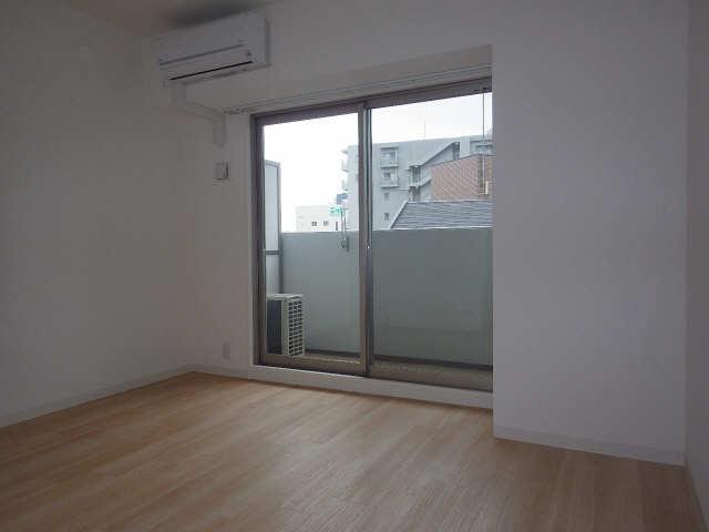 パルティール新栄 9階 室内