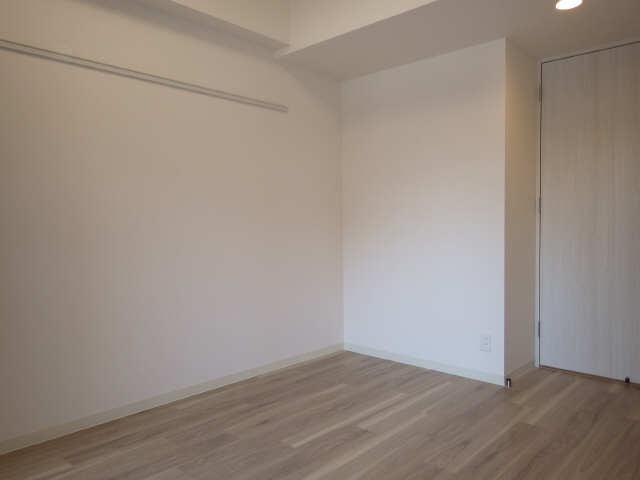 プレサンス広小路通葵 10階 洋室