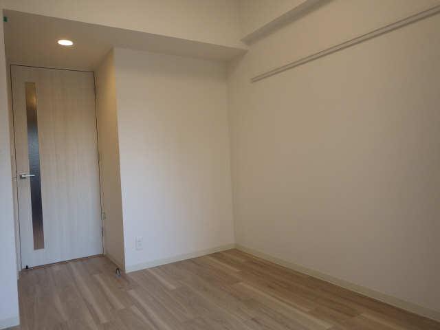 プレサンス広小路通葵 12階 洋室