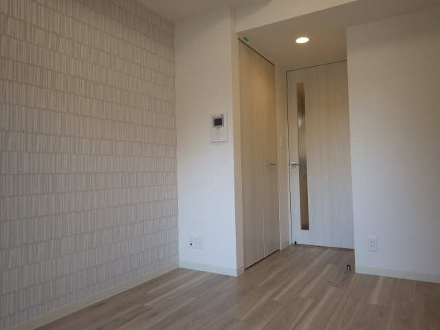 プレサンス広小路通葵 14階 洋室