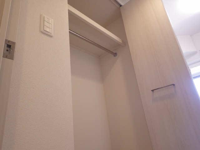 プレサンス広小路通葵 6階 収納