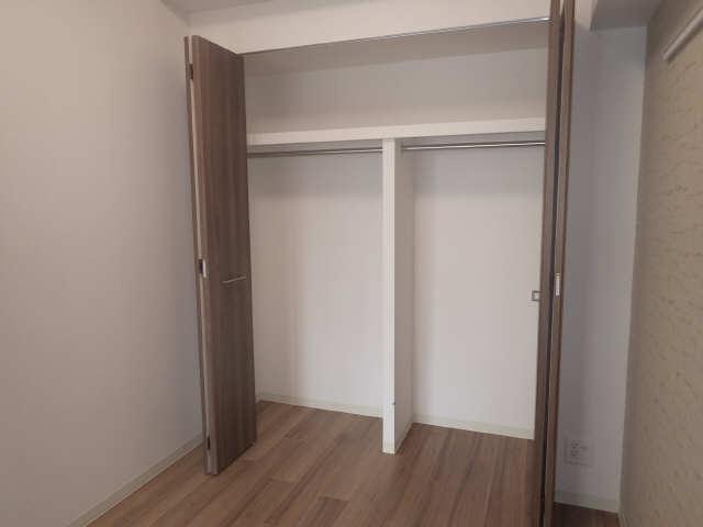 プレサンス広小路通葵 3階 収納