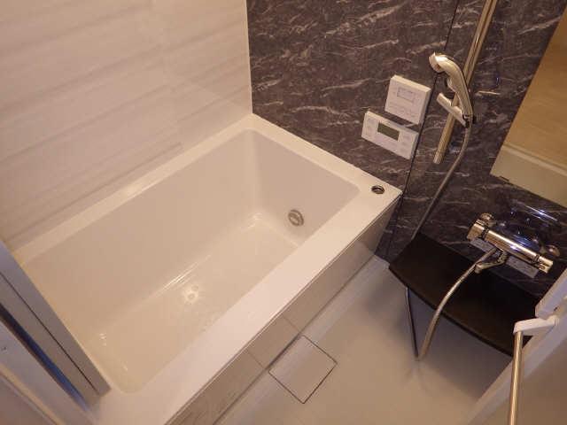 プレサンス広小路通葵 6階 浴室