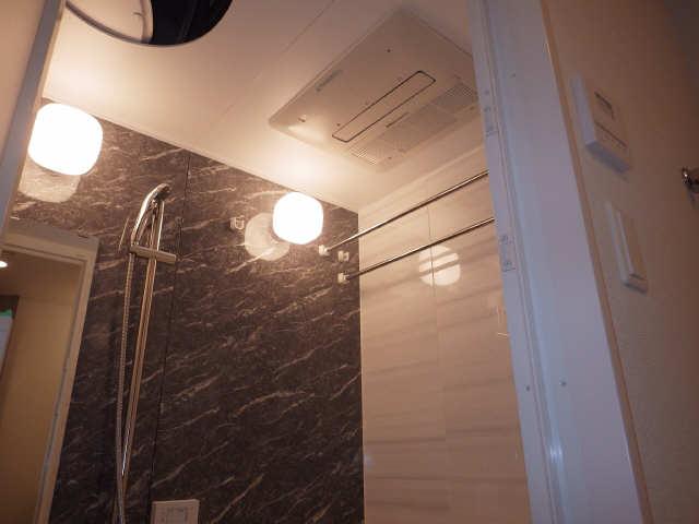 プレサンス広小路通葵 11階 浴室