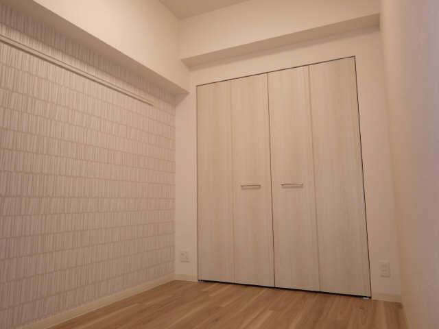 プレサンス広小路通葵 8階 室内