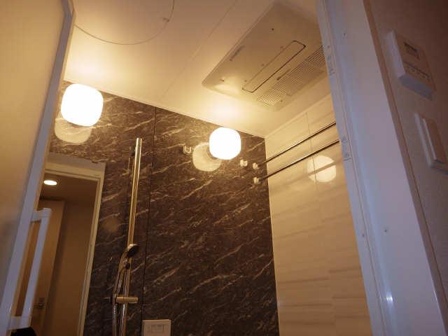 プレサンス広小路通葵 8階 浴室