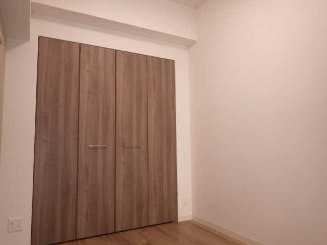 プレサンス広小路通葵 9階 室内