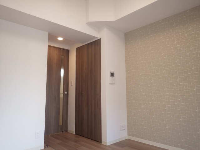 プレサンス広小路通葵 15階 室内
