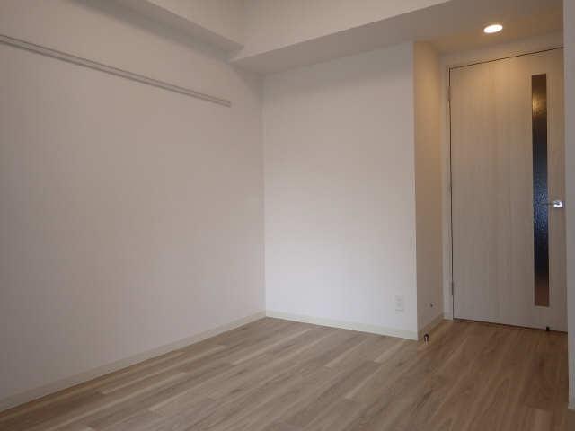 プレサンス広小路通葵 6階 室内