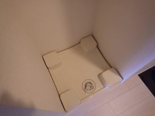 プレサンス広小路通葵 12階 洗濯機置場
