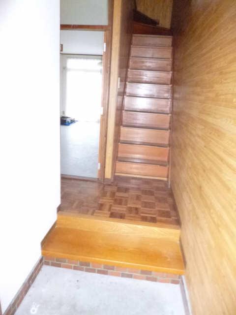 コーポコバヤシ  階段