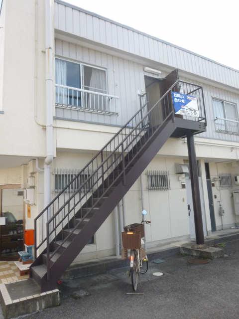 コーポコバヤシ 2階 階段