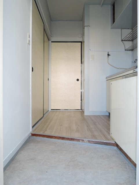 ビレッジハウス垂井 2 1階 玄関