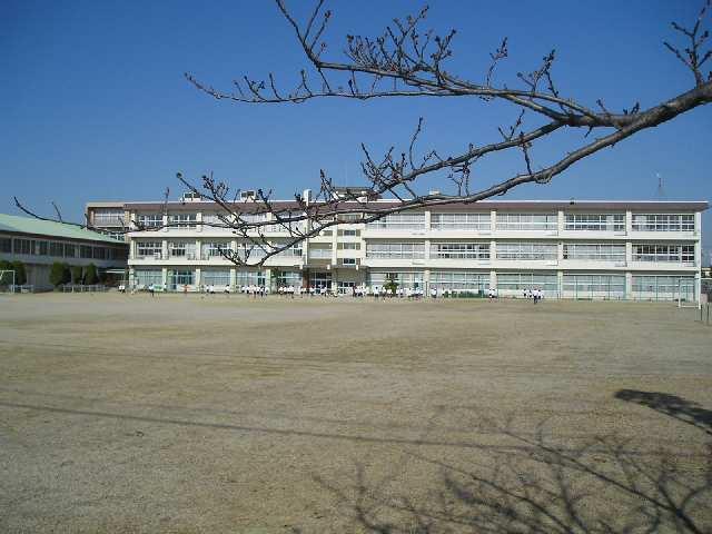 楠町南五味塚H邸 小学校