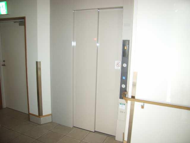 フォーシーズンズ・シニア 2階 エレベーター