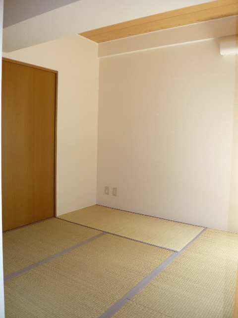 フォーシーズンズ・シニア 2階 室内