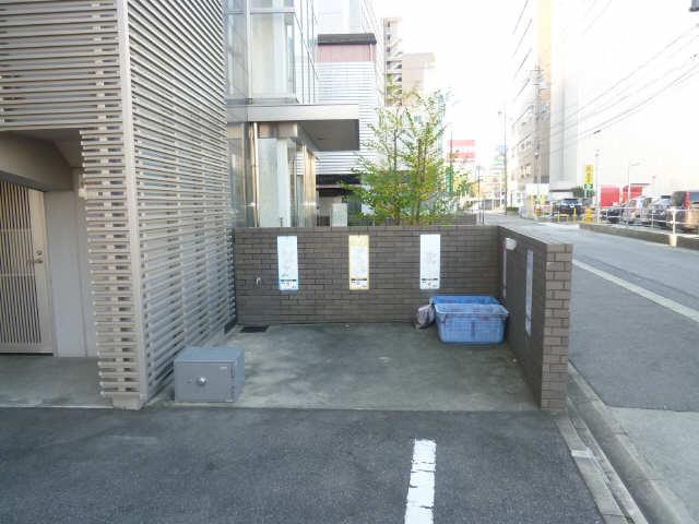 パークアクシス名駅南 6階 ゴミ置き場