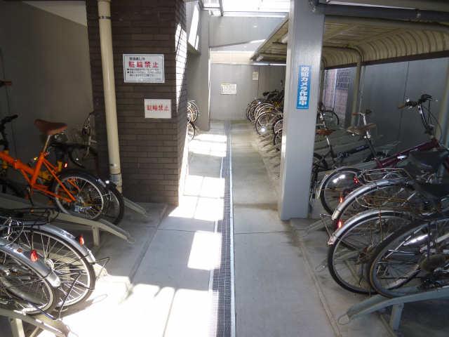 パークアクシス名駅南 6階 駐輪場
