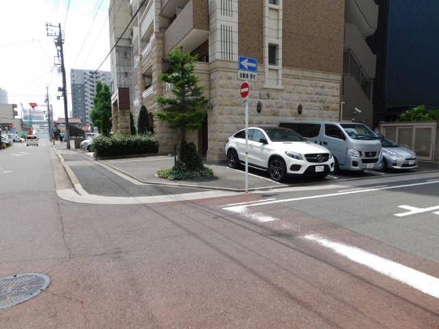 プレサンス名古屋駅前グランヴィル 7階 駐車場