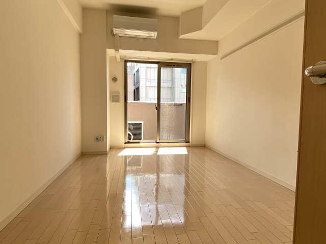 プレサンス名古屋駅前グランヴィル 7階 室内