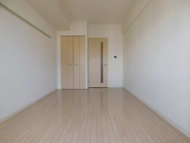 プレサンス名古屋駅前グランヴィル 7階 洋室