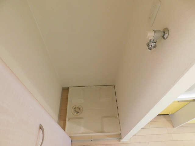 プレサンス名古屋駅前グランヴィル 7階 洗濯機置場