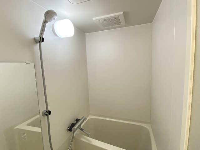 カスタリア名駅南 9階 浴室換気扇
