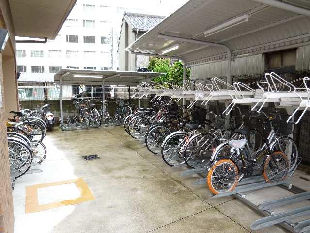 プレサンス名古屋駅前アクシス 8階 駐輪場