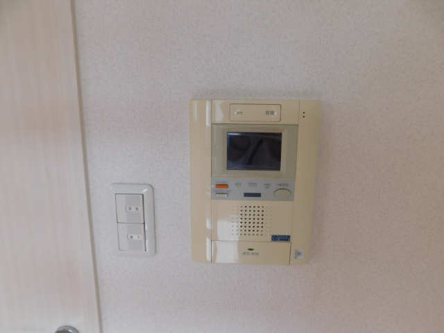 プレサンス名古屋駅前アクシス 8階 モニター付きインターホン