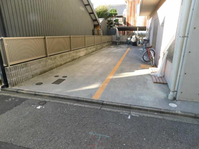 ラ・ミューズ1101 5階 駐車場