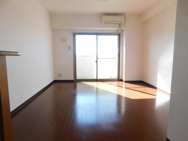 ラ・ミューズ1101 5階 室内
