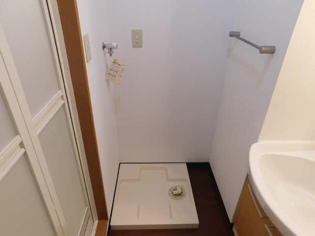 ラ・ミューズ1101 5階 洗濯機置場