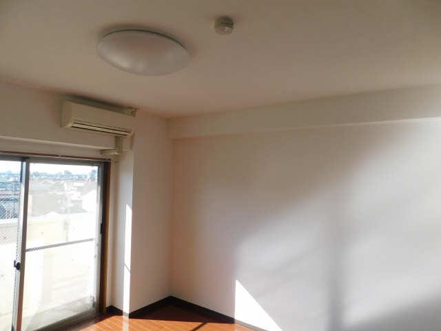 ラ・ミューズ1101 5階 照明器具