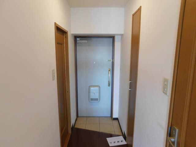 ラ・ミューズ1101 5階 玄関