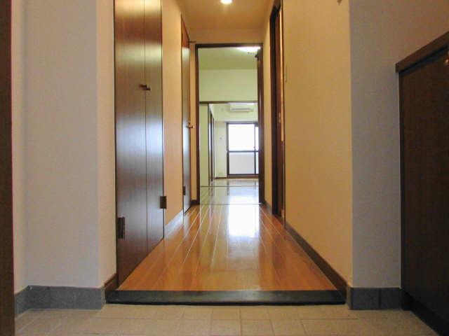 グレイス2000 5階 玄関