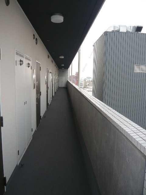 ラ・ヴィ・アン・ローズ 12階 共用部