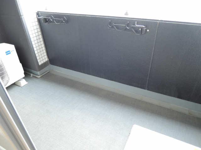 ラ・ヴィ・アン・ローズ 12階 バルコニー
