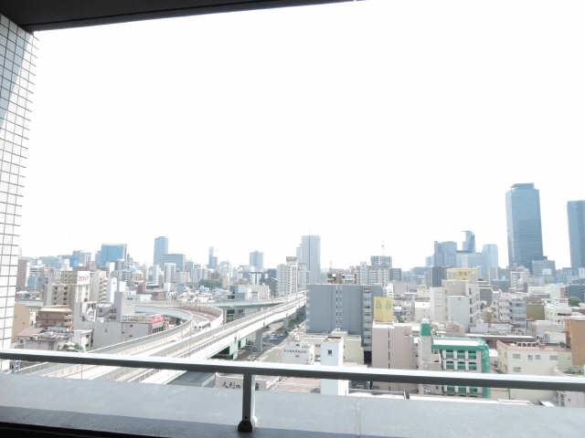 ラ・ヴィ・アン・ローズ 12階 眺望