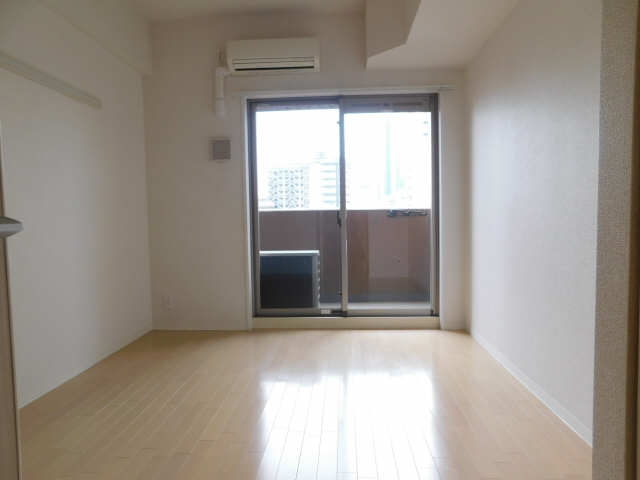 プレサンス名古屋STATIONビジュ 6階 室内