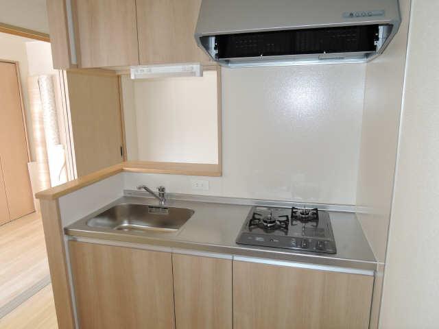 ラコルタ ブローン 1階 キッチン