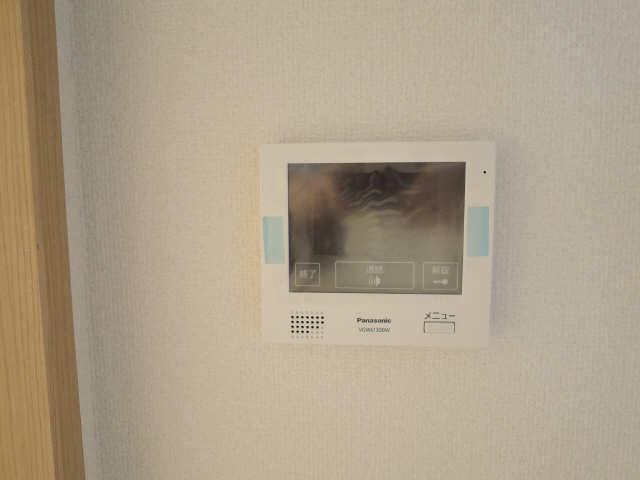 ラコルタ ブローン 1階 モニター付インターホン