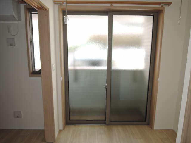 ラコルタ ブローン 1階 室内