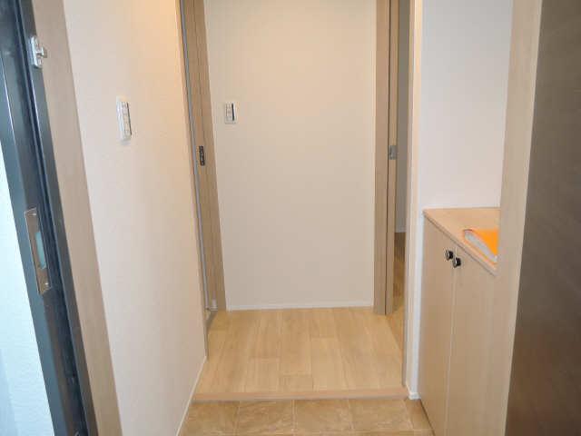 ラコルタ ブローン 1階 玄関