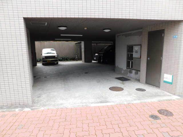 エスパシオ 駐車場