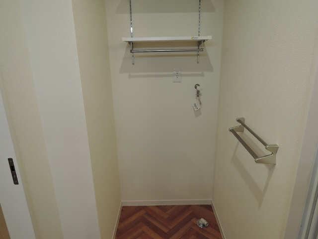 203号室洗濯機置場